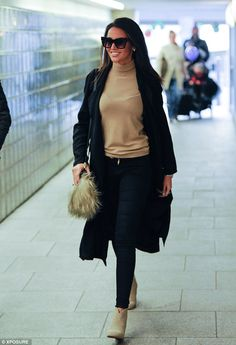 Michelle Keegan appears at the Strictly Come Dancing tour opening night to support her fiance, Mark Wright in her suede Kurt Geiger boots, Strictly Come Dancing Tour, Strictly Tour, Casual Fall Outfits, Winter Outfits, Michelle Keegan Style, Smart Casual Women, Pinterest Fashion, Minimal Fashion, Fashion 2017