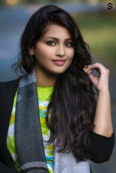 Beautiful Girl Indian, Beautiful Girl Image, Beautiful Indian Actress, Beautiful Women, Desi Girl Image, Beauty Women, Women's Beauty, Stylish Girl Images, Girl Photography Poses