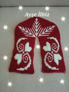 This Pin was discovered by Нат Crochet Ripple, Knitted Slippers, Leg Warmers, Christmas Sweaters, Diy And Crafts, Beanie, Knitting, Fuzzy Slippers, Slippers