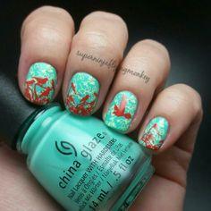 Pretty bird nails