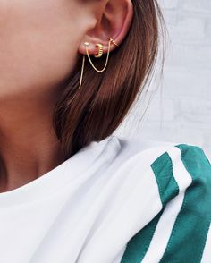 Styling by mickalas showing Water lily Zirconia Chain Earcuff Gold, Spiky Loop Earrings Large Gold  and Dot Ear Studs Small Gold #jewellery #Jewelry #bangles #amulet #dogtag #medallion #choker #charms #Pendant #Earring #EarringBackPeace #EarJacket #EarSticks #Necklace #Earcuff #Bracelet #Minimal #minimalistic #ContemporaryJewellery #zirkonia #Gemstone #JewelleryStone #JewelleryDesign #CreativeJewellery #OxidizedJewellery #gold #silver #rosegold #hoops #armcuff #jewls #jewelleryInspiration…