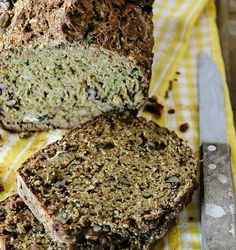 It is finally a zucchini time so I made this tasty Zucchini Banana Bread. It is sweet, but not overly sweet. Zucchini Banana Bread, Zucchini Bread Recipes, Healthy Family Meals, Healthy Snacks, Easy Dinner Recipes, Easy Meals, Tasty Bread Recipe, Quick Bread, Cookie Desserts