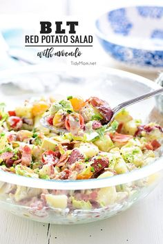 This easy BLT Red Potato Salad has an avocado ranch dressing along with bacon, lettuce and tomato! It's a simple crowd-pleasing side dish! Salad Recipes For Dinner, Easy Salad Recipes, Potluck Recipes, Healthy Recipes, Avocado Recipes, Blt Recipes, Potluck Food, Potluck Ideas, Potluck Dishes