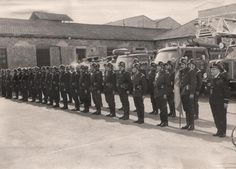 Murcia: the famous Mayor Domingo La Villa's guys. This Firemen Team was commisioned by the Mayor to destroy the ancient Arab baths few years before. The pics were taken on 1957 during an event held by the Municipality of Murcia in the Bloques de Bernal Neigborhood to celebrate the Fiftieth Anniversary of the Firemen Team. More pics taken on the Firemen Station (next to Camachos Square)...