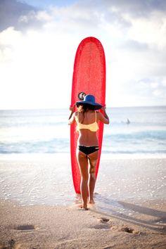 want that surf board and bikini Cape Cod Collegiate, E Skate, Stand Up Paddle, Sup Yoga, Surf Girls, Beach Girls, The Bikini, Beach Bum, Summer Of Love