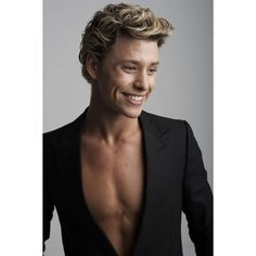 Mitch Hewer Photos - Mitch Hewer Picture Gallery ❤ liked on Polyvore featuring mitch hewer