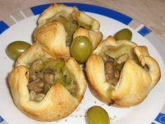 Kiflice Recipe, Posna Predjela, Bread Recipes, Cooking Recipes, Bosnian Recipes, Baked Potato, Appetizers, Food And Drink, Vegan