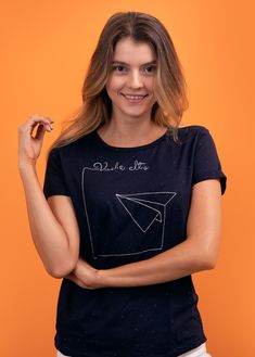 prendas bonitas que llenan el alma T Shirt, Tops, Women, Fashion, Clothing Stores, T Shirts, Feminine, Supreme T Shirt, Moda