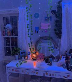 Neon Bedroom, Indie Bedroom, Indie Room Decor, Cute Bedroom Decor, Room Design Bedroom, Room Ideas Bedroom, Bedroom Inspo, Chill Room, Cozy Room