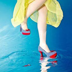 Unterwasser Fotografie für Schuhmode