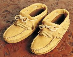 Ladies Moosehide Fringe Moccasins. Southwest Indian Foundation. My Great-Grandmother was Huron (Wyandot/Wendat).