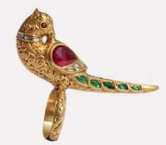 Mughal Parrot Ring Mughal style gold, enamel and diamond 'parrot' ring. Antic Jewellery, Mughal Jewelry, India Jewelry, Temple Jewellery, Antique Jewelry, Vintage Jewelry, Gold Jewellery, Robins, Bird Jewelry