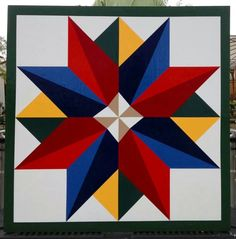 Barn Quilt Patterns for Quilts - Bing images Barn Quilt Designs, Barn Quilt Patterns, Pattern Blocks, Quilting Designs, Star Quilt Blocks, Star Quilts, Scrappy Quilts, In Loco, Painted Barn Quilts