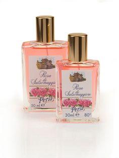 Profumo alla fragranza della Rosa Centifolia Perla: delicato ed elegante. Lo trovi nel nostro shop nei formati da 30 ml e 50 ml!