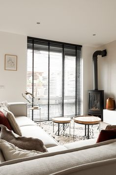 Home Room Design, Interior Design Living Room, House Design, Living Room Blinds, Home Living Room, Room Inspiration, Interior Inspiration, Room Ideas Bedroom, House Rooms