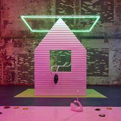 "Slideshow:Alex Da Corte's ""FREE ROSES"" at Mass MOCA by Taylor Dafoe (image 1) - BLOUIN ARTINFO, The Premier Global Online Destination for Art and Culture | BLOUIN ARTINFO"