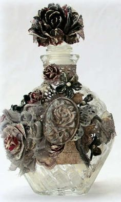Mammatiffy's Gallery: Altered glass bottle *** Swirlydoos Kit Club