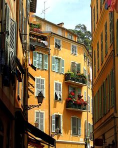 ✮ Old Nice, France #italianproperties