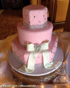 Another pink n bling White Birthday Cakes, Elegant Birthday Cakes, 16 Birthday Cake, Pretty Cakes, Beautiful Cakes, Amazing Cakes, Sweet Sixteen Cakes, Sweet 16 Cakes, Mom Cake