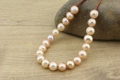T-L778 loose pearls,pink pearls,10-11 mm natural pink pearls,potato pearls,near round pearls,2.5 mm large hole pearl,20 pieces,wholesale