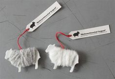 DIY Sheep Gift Tags via pennyvertone on dewanda Create a basic sheep silhouette using a clip art for the stencil. Cut out of thick cardstock in shades of linen, wheat, or cloudy grey and wrap with corresponding wool yarn or roving. Clever Packaging, Brand Packaging, Packaging Design, Gift Packaging, Sheep Crafts, Thinking Day, Holiday Crafts, Gift Tags, Crafts For Kids