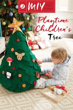 Put your sewing skills to the test this holiday season with this interactive, felt Christmas tree. This project is fun for the kids to help decorate and makes for a nice accent to your home décor. Christmas Tree Crafts, Noel Christmas, Christmas Activities, Winter Christmas, Holiday Crafts, Holiday Fun, Christmas Decorations, Homemade Christmas, Christmas Ornaments