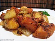 Ofengemüse mit Hokkaido-Kürbis, Kartoffeln, Fenchel, Möhren, Zwiebeln und einem Knoblauch-Petersilien-Dip