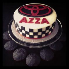 Toyota Emblem Cake with Tyre Tread Cupcakes