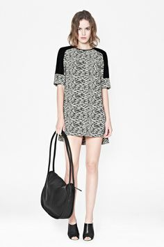 How To Wear A Tunic Without It Looking Like A Sack #refinery29  http://www.refinery29.com/tunics#slide5