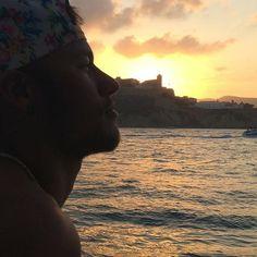 Neymar publica foto com a mãe: 'Filme com a família'