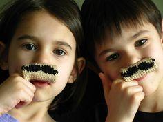 knit mustache #knit