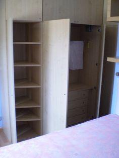 aramario empotrado nuevo en habitación / new wardrobe in the rest-room by aliciaenflickr, via Flickr