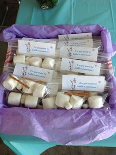 Frozen Birthday Party Favors....snack bags with marshmallows pretzels and candy (maybe M&Ms for buttons)