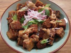 Picture of Sweet and Sour Tempeh with Spicy Peanut Sauce Recipe. This came out AMAZING! So glad I found something to do with tempeh! Peanut Sauce Recipe, Spicy Peanut Sauce, Sauce Recipes, Tempeh Recipe, Tasty Vegetarian Recipes, Healthy Recipes, Delicious Recipes, Healthy Food, Great Recipes