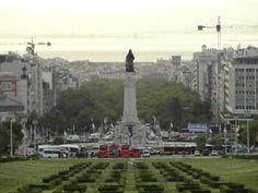 Fotografía: Sandra Rastelli- Lisboa Paris Skyline, Dolores Park, Travel, Lisbon, Boating, Port Wine, Santiago De Compostela, Walks, Wine Cellars