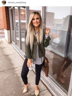 Chic and casual outfits 2019 charming, spring summer outfits ideas nice gorgeous teen fashion outfits Cute Fall Outfits, Fall Winter Outfits, Stylish Outfits, Cool Outfits, Summer Outfits, Casual Spring Outfits, Casual Outfits For Moms, Autumn Leggings Outfits, Stylish Clothes