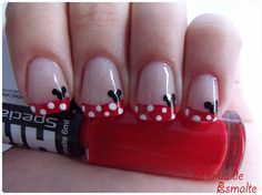 Mania Enamel: Nail Art Minnie, I can do without the mouse head myself. I like the polkadots.