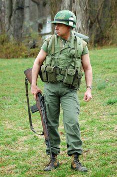 Marine Corps Uniforms, Marine Corps History, Military History, Us Marine Corps, Military Uniforms, Military Outfits, Military Jackets, Military Women, Vietnam History