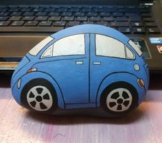 #tasboyama #taşboyama #paintingstones #paintingrocks #rockcar #carrock #blue #bluecar #tasarim #creative #decoration #dekorasyon #dekoratif #farklıhediye #özelhediye #ozelhediye #kisiyeozel #kişiyeözeltasarım #kişiyeözel #handmade