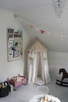 Forts and Tee Pees | Hellobee