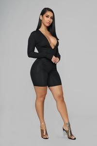 Source by ketum_ask fashion nova Black Romper Outfit, Sexy Outfits, Fashion Outfits, Sexy Curves, Sexy Women, Curvy Women, Black Women, Girl Fashion, Womens Fashion