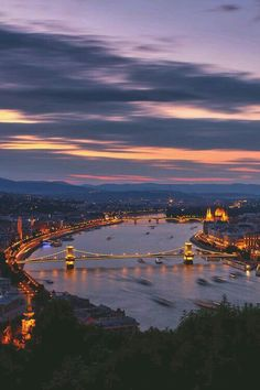 Budapest at Night. David and I visited Budapest in winter and it is beautiful even in the cold. Great Places, Places To See, Amazing Places, Beautiful World, Beautiful Places, Travel Around The World, Around The Worlds, Europe Centrale, Voyage Europe