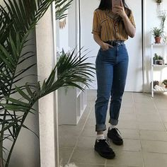 or grunge outfits, retro outfits, grunge fashion, Retro Outfits, Mode Outfits, Grunge Outfits, Vintage Outfits, Casual Outfits, Girl Outfits, Jean Outfits, 80s Style Outfits, Cochella Outfits