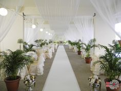 As the lace flows from the ceiling to the wedding backdrop, your guests will naturally be drawn to the focal area of your venue - your dais/pelamin.