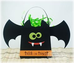 Trick or Treat Treat Holder by Charmaine Ikach #Halloween, #SackIttoYou,