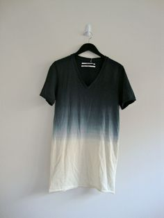 Maybe I can make this dip dye shirt! Amazing and so cool! -@Irvin Sandoval