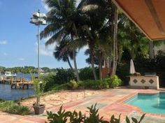 18896 Point Drive, Tequesta waterfront Loxahatchee River home