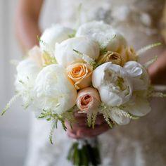 Tineke Wedding Inspiration in Peach