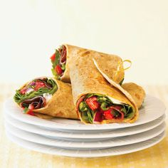 This Bacon, Lettuce, and Tomato Salsa Wrap has fewer calories than you think! More low-calorie dinner recipes: http://www.bhg.com/recipes/healthy/dinner/low-calorie-dinner-recipes/?socsrc=bhgpin080313BLTwrap=21