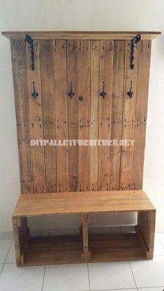 Shoe rack, bench, hanger and hatstand for vestibule with pallets - bench entrance - Pallet Diy Pallet Projects, Wood Projects, Bench Coats, Shoe Rack Bench, Pallet Bench, Hat Stands, Coat Hanger, Coat Racks, Diy Garden Decor